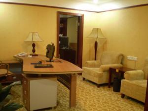 广州市国盛大酒店 (Guangzhou Guo Sheng Hotel)