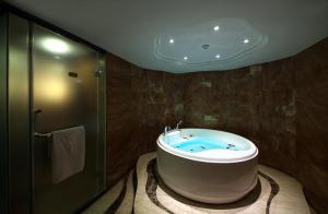 JAHO Forstar Hotel Wenshuyuan Branch, Отели  Чэнду - big - 10