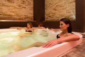 Marina Holiday & Spa, Hotely  Balestrate - big - 44