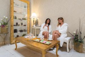 Marina Holiday & Spa, Hotely  Balestrate - big - 36