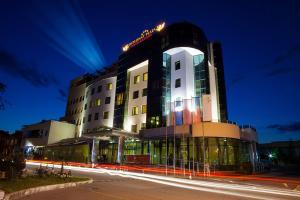 Hotel Diplomat Plaza