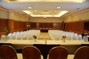 Hotel Western Gatz, Отели  Theni - big - 32