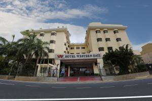 Hotel Western Gatz, Отели  Theni - big - 1