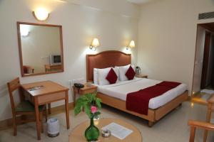 Hotel Western Gatz, Отели  Theni - big - 7