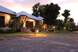 Saphli Villa