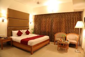 Hotel Western Gatz, Отели  Theni - big - 20