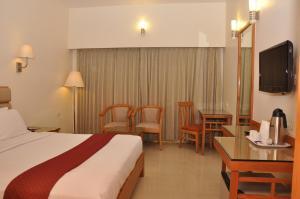 Hotel Western Gatz, Отели  Theni - big - 19