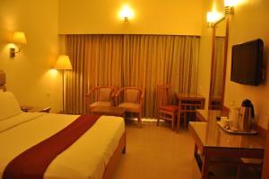 Hotel Western Gatz, Отели  Theni - big - 18