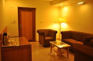 Hotel Western Gatz, Отели  Theni - big - 37