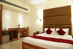 Hotel Western Gatz, Отели  Theni - big - 41