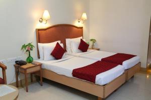 Hotel Western Gatz, Отели  Theni - big - 39