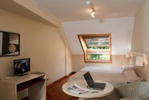 Apartamentos Attica21 Portazgo