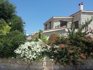 Villa Simou