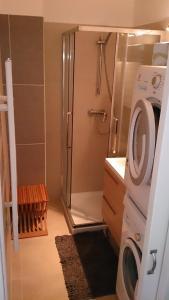 Joli Appartement entre Menton et Monaco, Апартаменты  Рокебрюн — Кап-Мартен - big - 11