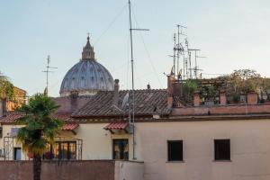 La Porta Rossa di Borgo - Vatican Luxury Suite