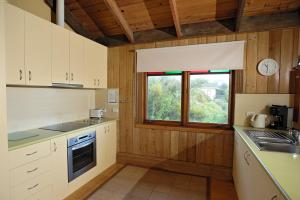 Dacha House, Venus Bay, Holiday homes  Venus Bay - big - 7