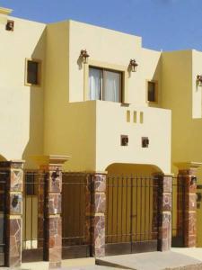 Condominios Garimar, Case vacanze  San Carlos - big - 9
