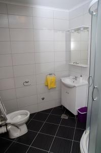 Apartments Deak, Apartmány  Janjina - big - 49