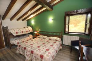 Posada La Solana, Country houses  Santillana del Mar - big - 8