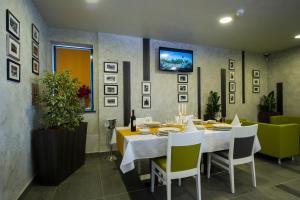 Hotel Comsar Rudo - фото 11