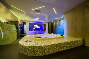 Hotel Comsar Rudo - фото 4