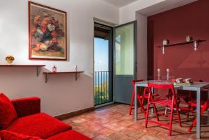 Nake Residenza Artistica, Affittacamere  Sant'Alfio - big - 3