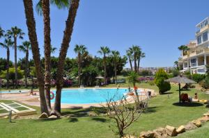 Apartamentos Kasa25 Golf & Beach Hoyo 18, Appartamenti  Alicante - big - 1