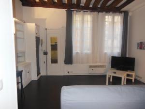 Apartment Paris Centre 2