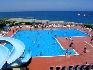 Nearby hotel : Villaggio Hotel Club Calanovellamare