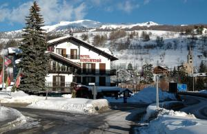 Cesana Torinese Hotels