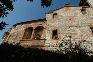 (Palazzo Bizzarri)