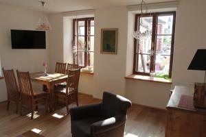 unser rosa Haus für Sie, Ferienwohnungen  Rust - big - 9