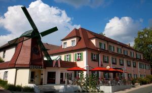 (Hotel Restaurant zur Windmühle)