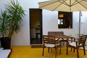 Magalhaes Hostel, Hostels  Ponte da Barca - big - 6