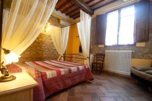 Casa Di Campagna In Toscana, Загородные дома  Совичилле - big - 23