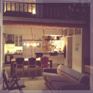 Ayvalik Blue House, Гостевые дома  Айвалик - big - 3