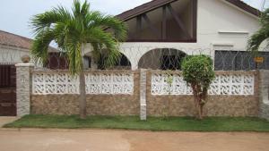 Lashibi Villas
