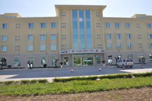 Grand White City Hotel, Hotels  Berat - big - 36