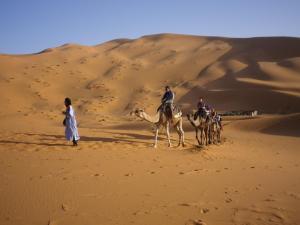 Marhaba Camp, Camel & Sandboarding, Zelt-Lodges  Merzouga - big - 62