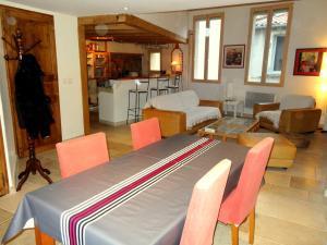 ostellerie del capel roge, Apartments  Montpellier - big - 8