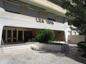 Les Ibis