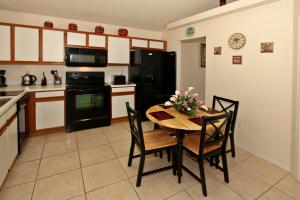 Flexible Pay Vacation Homes, Dovolenkové domy  Kissimmee - big - 6