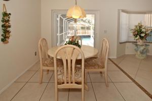 Flexible Pay Vacation Homes, Dovolenkové domy  Kissimmee - big - 113