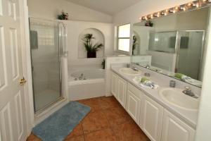 Flexible Pay Vacation Homes, Holiday homes  Kissimmee - big - 101