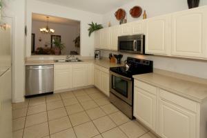 Flexible Pay Vacation Homes, Holiday homes  Kissimmee - big - 159