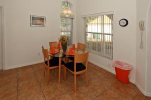 Flexible Pay Vacation Homes, Dovolenkové domy  Kissimmee - big - 146