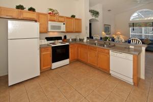 Flexible Pay Vacation Homes, Holiday homes  Kissimmee - big - 94
