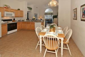 Flexible Pay Vacation Homes, Holiday homes  Kissimmee - big - 93