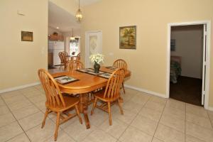 Flexible Pay Vacation Homes, Dovolenkové domy  Kissimmee - big - 53