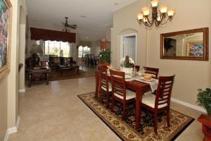 Flexible Pay Vacation Homes, Holiday homes  Kissimmee - big - 141